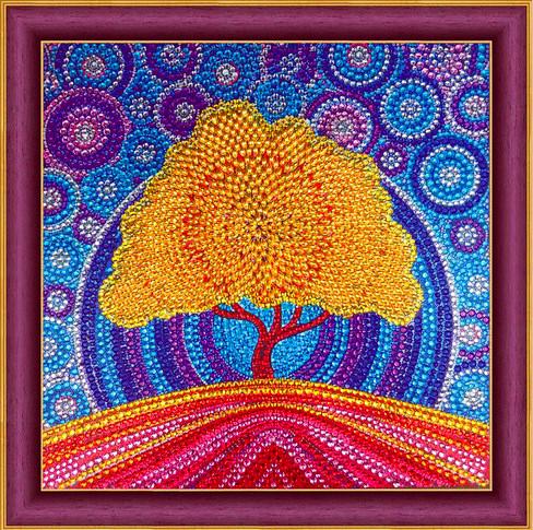 Алмазная мозаика 30x30 Осеннее дерево на фоне синего неба